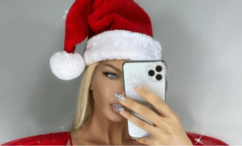 Seksi novogodišnje izdanje: Jelena Karleuša pokazala atribute (FOTO)