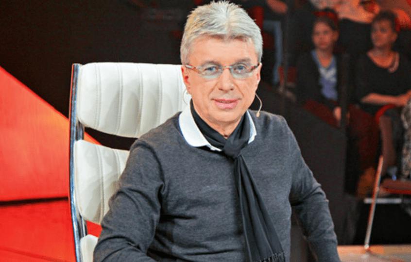 Saša Popović se skinuo i pokazao gaće (VIDEO)