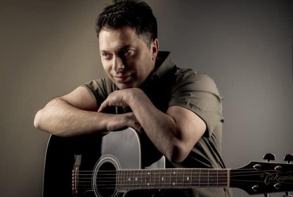 Alen Hrbinić priprema novi album, dvije pjesme potpisuje hitmejker Dino Muharemović