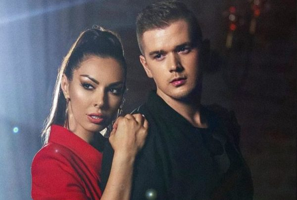 Anid Ćušić i Gabrijela Pejčev u duetu