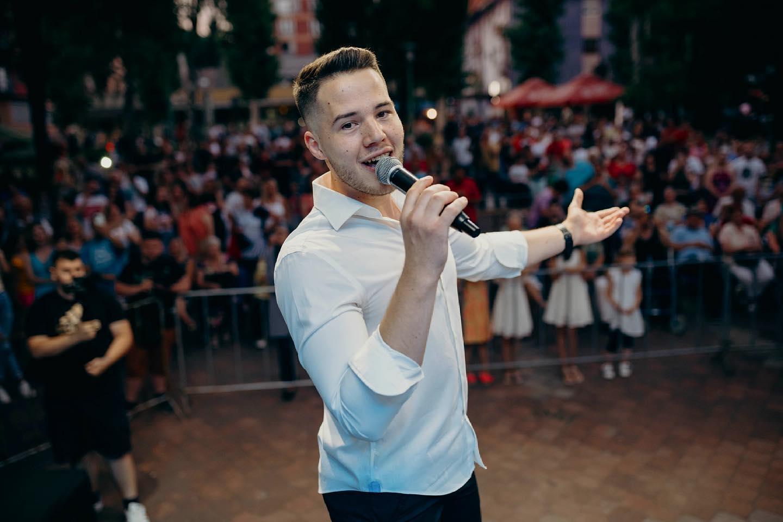 Ibro Bublin sve oduševio izvedbom Đanijeve pjesme (VIDEO)