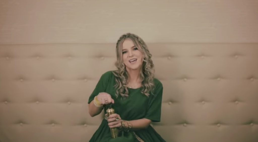 Amna Keskin - Nešto drugačije na muzičkom nebu Bosne i Hercegovine